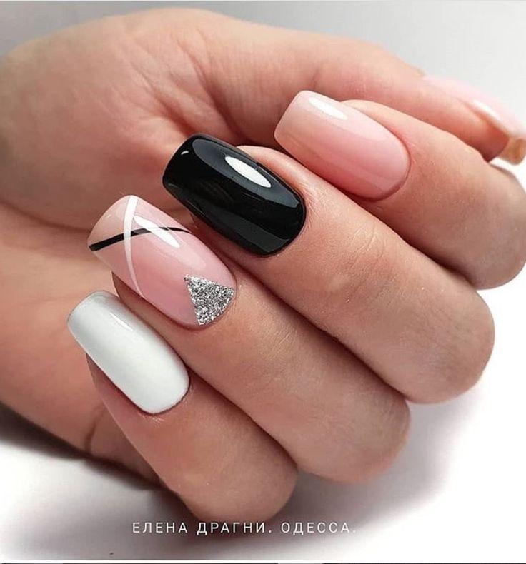 33+ Natürliche Acryl Black Almond & Square Nail Designs für kurze Nägel – Nails Art Ideas