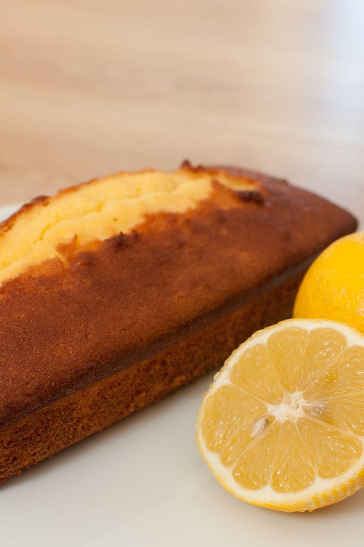 Invitation au fait maison: J'ai fait un cake au citron, c'était trop trop bon...