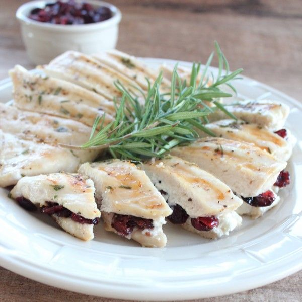 Easy, 15 Minute, Cranberry Goat Cheese Stuffed Chicken #Recipe #Chicken #Easy