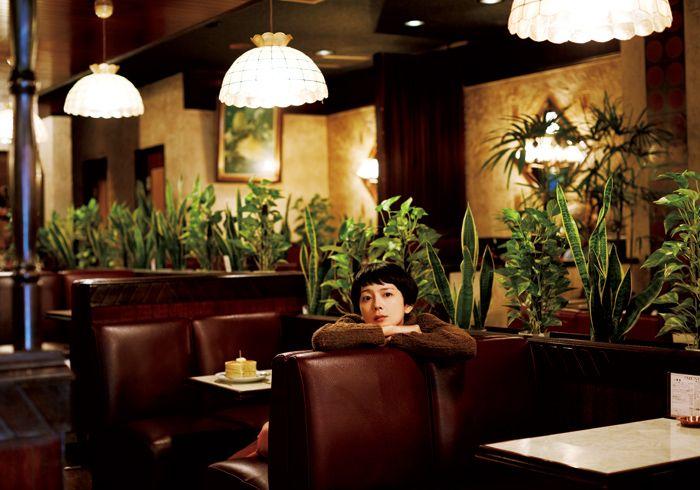 菊池亜希子さんが毎号、気になる喫茶店へ出かけ、マスターのこだわりを得意のイラストで図解します。今号は、東京・錦糸町にある〈喫茶 ニット〉へ。