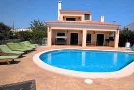 Villa neuve et moderne à seulement 300m de la plage avec piscine privée grande terrasse avec porche, et barbecue