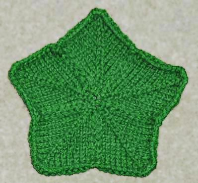 Petal Cloth or Christmas Star Knitting Pattern Hmm...knit twice as big and th...
