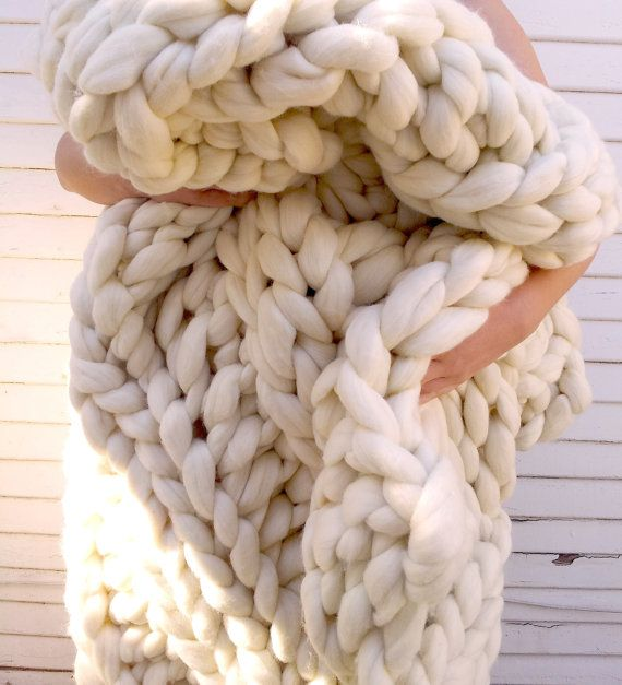 Super Chunky Knit Blanket Throw Size 42 x 60 by lilyandpeabody