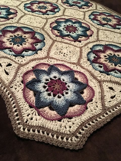 Ravelry: Project Gallery for Lotus Moon Tiles pattern by Polly Plum