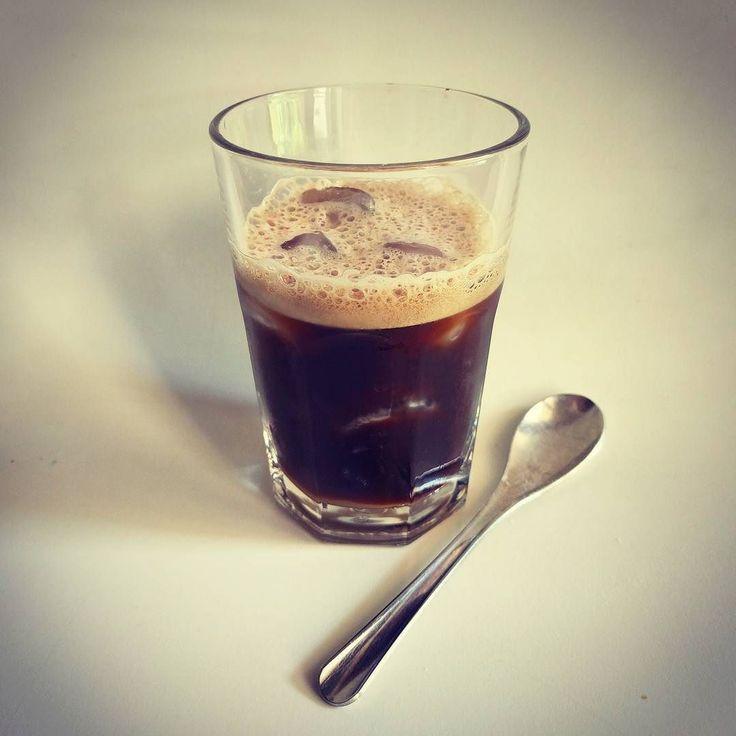 [Ice break] #ice #shaked #coffee | Espresso con ghiaccio. #cafexperiment