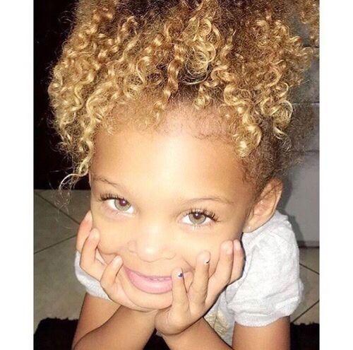 Ses yeux   – bebe so cute