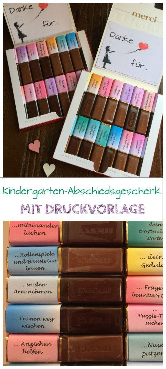 Mit dieser Druckvorlage für Merci-Schokolade könnt ihr ein schönes Abschiedsgeschenk für die Erzieher und Erzieherinnen in eurem Kindergarten basteln und Danke sagen. #diygifts