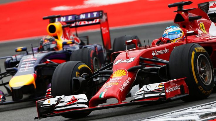 (From left) Sebastian Vettel and Fernando Alonso are both changing teams heading into the 2015 Formula One season.
