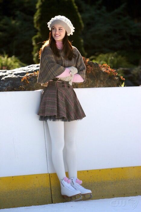 Blair waldorf's outfit. I love this style #GossipGirl #BlairWaldorf #Outfit