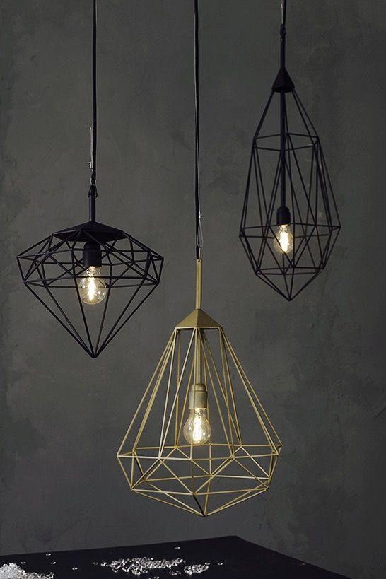 Designed by Dutch designer JSPR this series of precious industrial light pendants bring charm and elegance in any home, office or public spaces. Handcrafted from square steel bars and finished in electroplated brass, copper and matt black these Diamonds are eye catchers in various spaces. Easy to attach to the ceiling with supplied stainless steel support wire.
