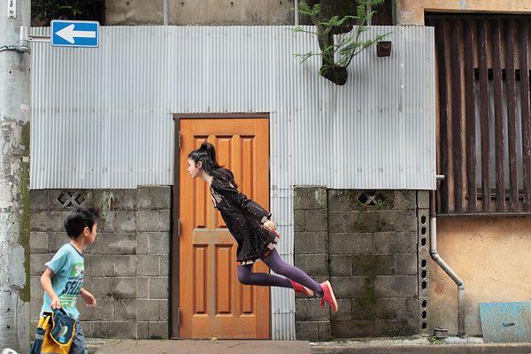 """love this """"levitation"""" photo diary by natsumi hayashi (yowayowa camera woman diary) #photography #photos #levitation #floating #magic #flying #natsumi_hayashi #yowayowa_camera_woman_diary"""
