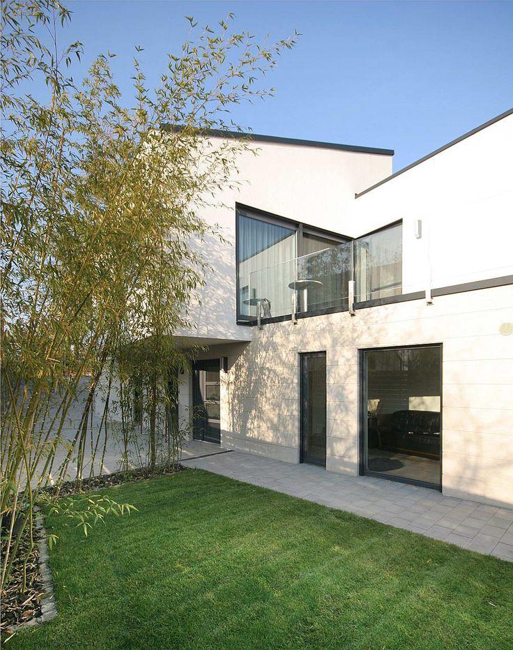 Bartus House - Sandor Gocsei Architecture