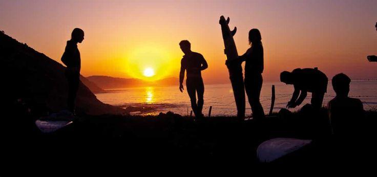 Surfing una forma diferente de descubrir la Costa Vasca