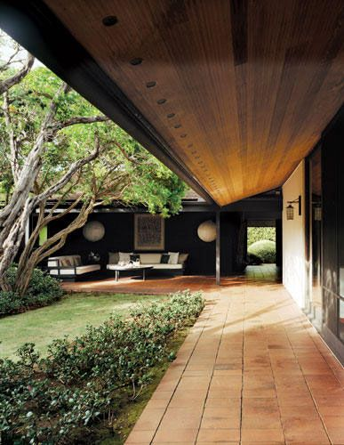 this space reminds me of how centuries of Japanese architecture and lifestyle impact design. Love!