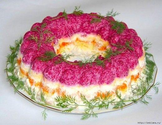 Дорогие наши читатели.Этот салат СОЧЕТАЕТ в себе абсолютно разные вкусы: СЛАДКИЙ вкус моркови и свеклы, СОЛЕНЫЙ вкус сыра и ОСТРЫЙ вкус чеснока. ВКУСНЯТИНА просто ВОЛШЕБНАЯ. Для салата вам понадоби…
