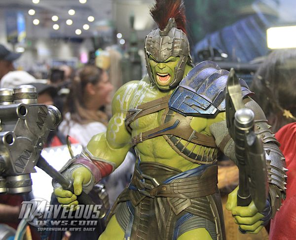 Thor: Ragnarok MMS430 Gladiator Hulk 1/6th Scale Collectible Figure From Hot Toys #Marvel