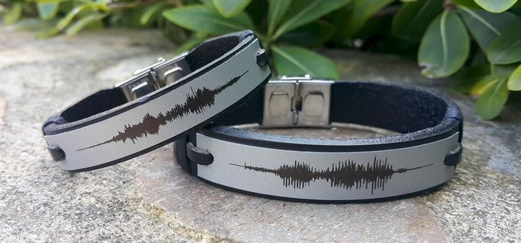 2X Sound Wave Bracelet Personalized Mens Womens Leather Sound Wave Bracelet Memorial Gifts Genuine Black Leather Silver Plate Birthday Gift