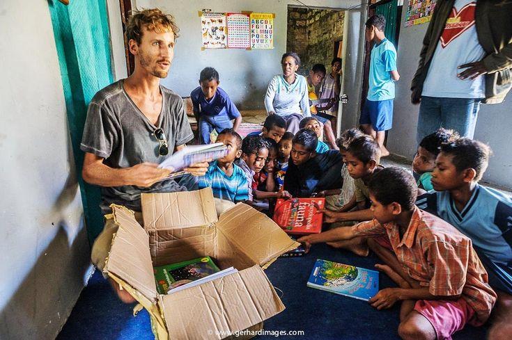 Pomozme společně Green Book's   KITCHENETTE