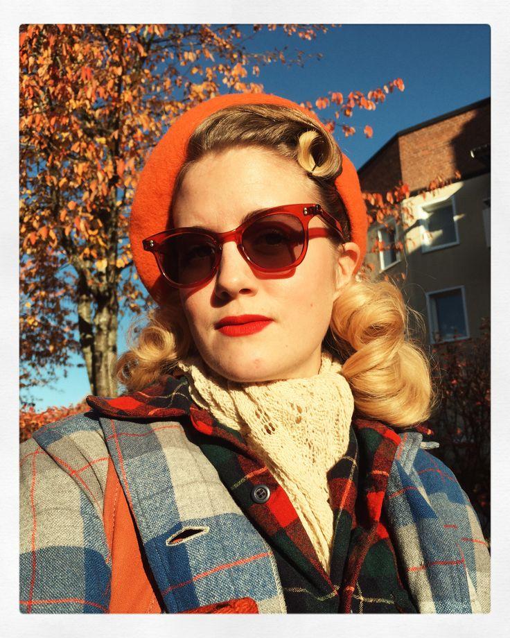 1940s style hair by Miriam Parkman.