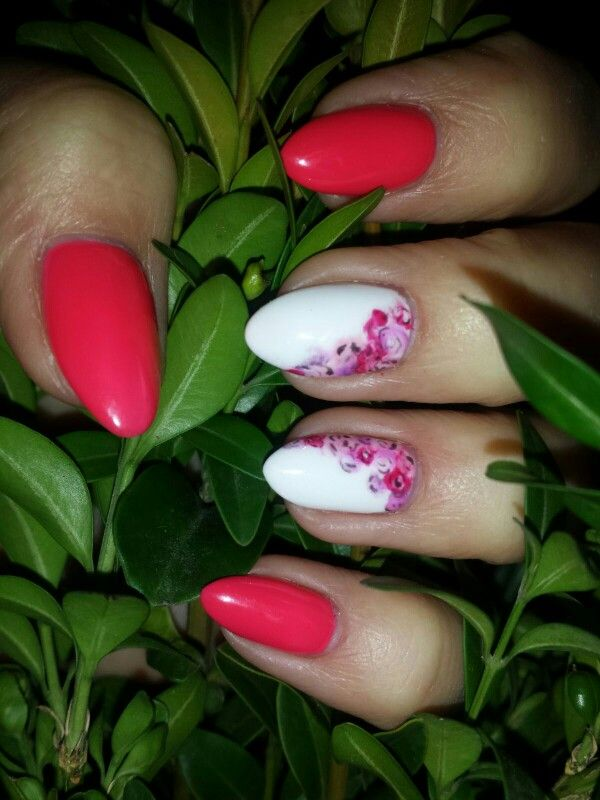 Moje prześliczne wiosenne pazurki :))  #nails#nail art#spring nail#semilac#neon#tutti frutti#white#flowers