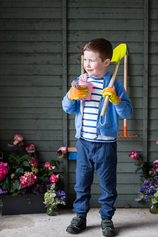 Bright and colourful garden tools from our Kiddie's range so the little ones can help out with the gardening!