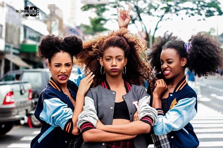 Yoooooo am I the only who thinks of the powerpuff girls when I see this photo