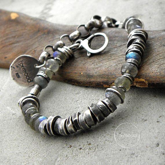 Sterling silver and labradorite bracelet by studioformood on Etsy