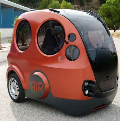 Tiny car that runs in air  read more: http://amazingphotos4u.com/tiny-car-that-runs-on-air/
