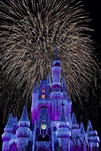 Fireworks at Disney  #Christmas #Christmasaroundtheworld #travel