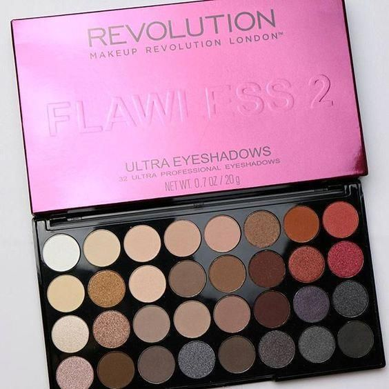 ULTRA PROFESSIONAL EYESHADOW PALETTE. MAKEUP REVOLUTION. 32 Colour Compact. A perfect mix of pearl, shimmer shades. FLAWLESS 2. FREE Auctiva Image Hosting. | eBay!