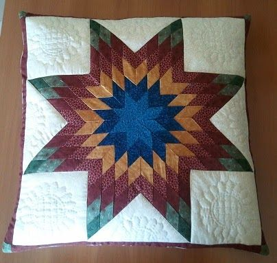 hobby e passioni racchiusi nel mio cassetto: Cuscino con stella quilt - Pillow Star Quilt
