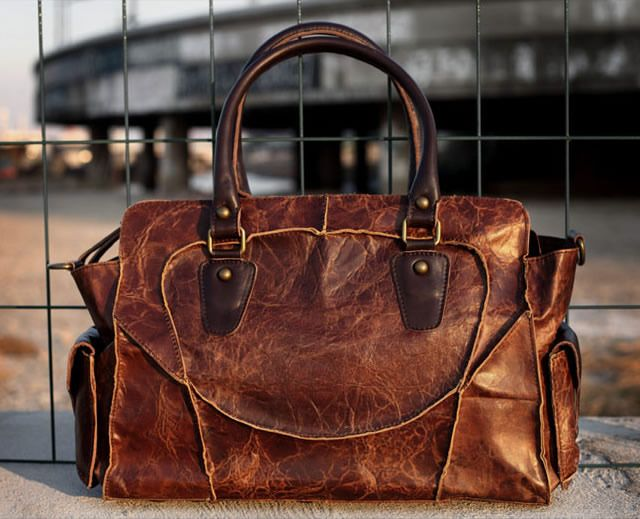 Image of Vintage Handmade Genuine Leather Women's Handbag Shoulder Messenger Bag in Antique Cowhide (m11)