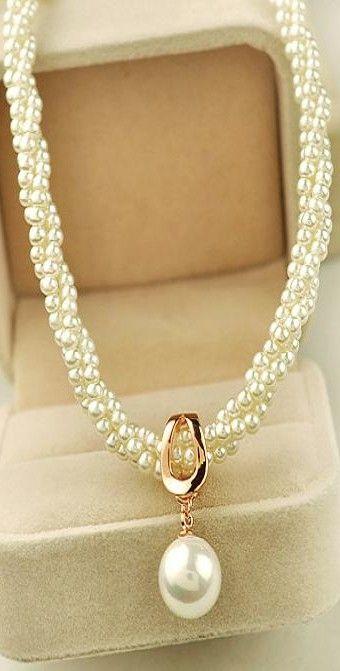 Pearl necklace ♥✤   KeepSmiling   BeStayClassy