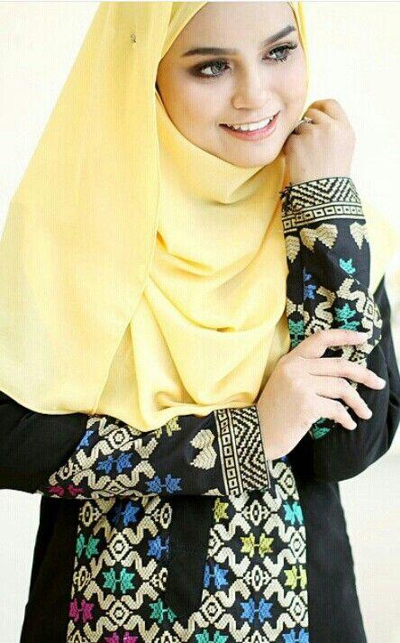 Hijab & songket dress @rinasallehclothing