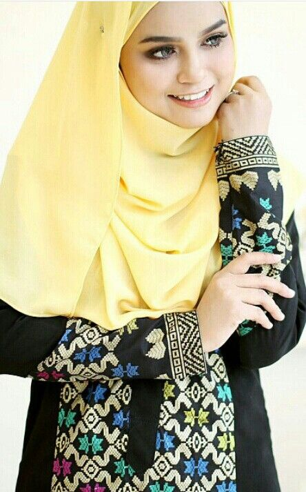 Hijab & songket dress @rinasallehclothing