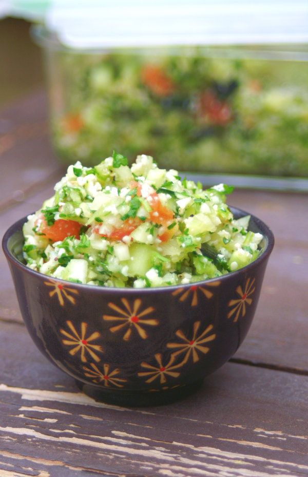 Zero Calorie Tabouleh - Almost no calories. Use cauliflower instead of Bulgar Wheat. Click here for more healthy, delicious recipes from The Cave Woman. http://www.goingcavewoman.com/zero-calorie-tabouleh #tabouleh #lowcalorie