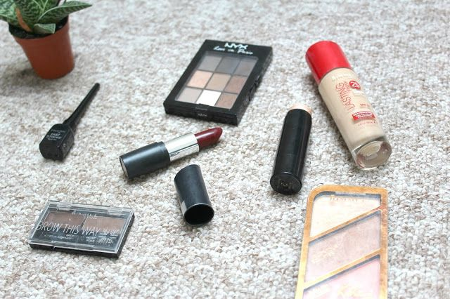 AUTUMNAL MAKE UP LOOK: If you want to see how I create my go to make up look, head over to my blog to find out more!