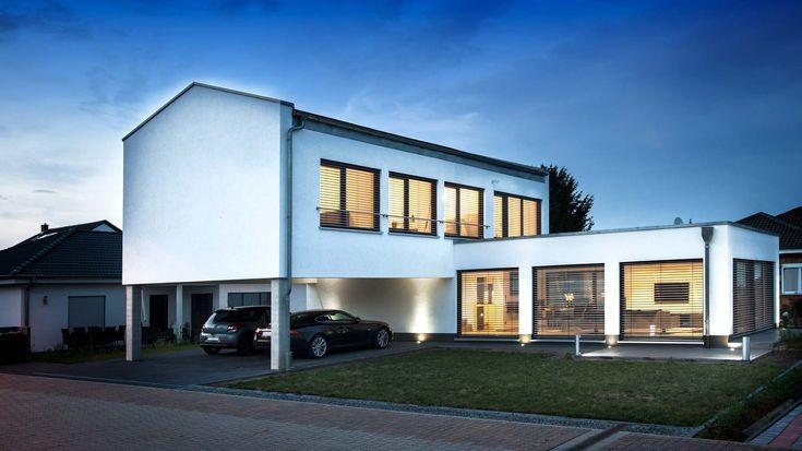 Haus Augstein Bauhaus Trifft Satteldach Baumeister Haus Baumeister Haus Baumeister Hanse Haus