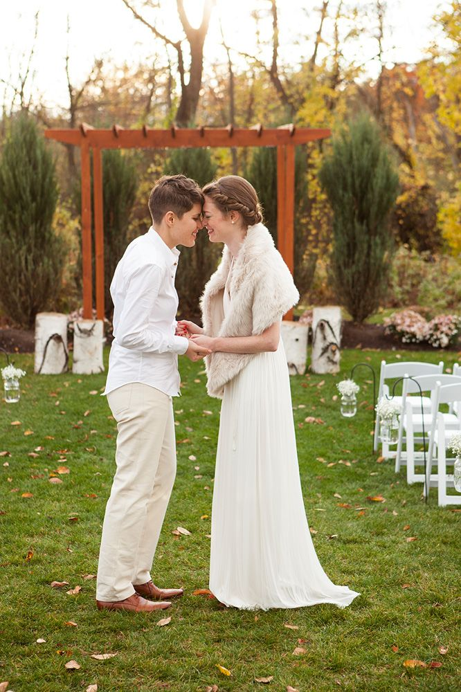 From Catherine Heidi And Kelly S Photographer Brooklyn Went Upstate To Troy New York Create A Wedding That Highlighted All