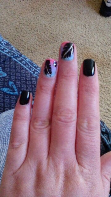 #nailart gradient feathers
