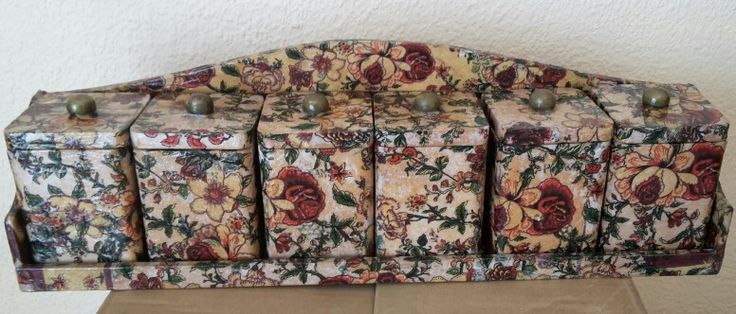 Containers decoupaged with serviettes