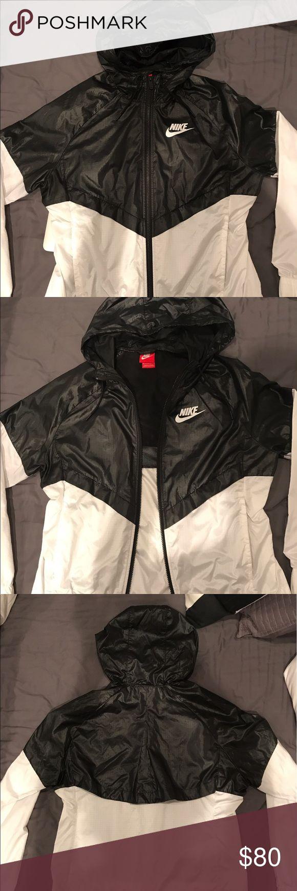 Nike Windrunner. Nike Women's Sportswear Windrunner Full Zip Jacket, Size: M Black                  Like new, zip pockets. Ventilation under flap in the back Nike Jackets & Coats