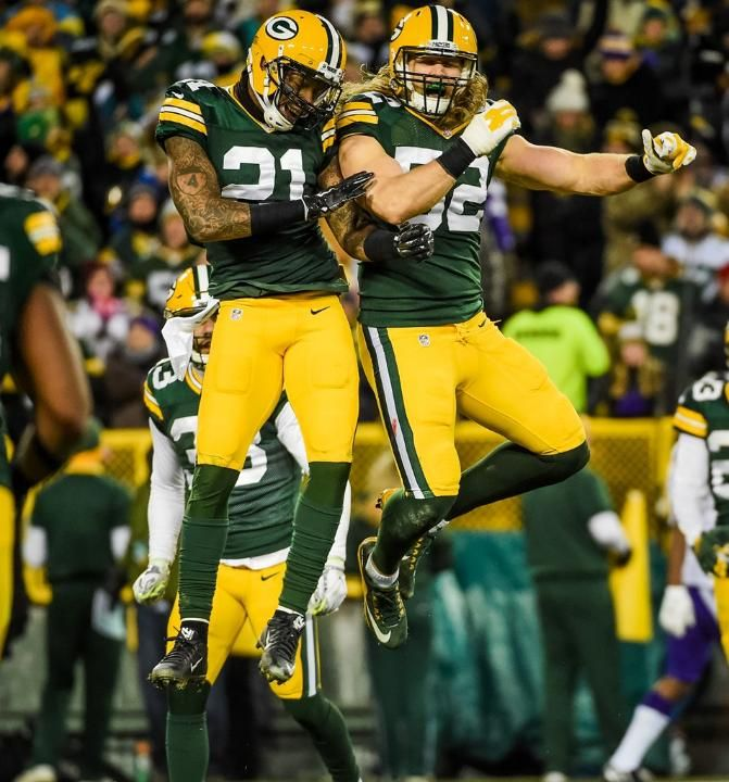 1/3/2016 Ha Ha Clinton-Dix and Clay Matthews. Green Bay Packers #Packers #Cheeseheads #GreenBay [Follow WisconsinHouses for more local pins]