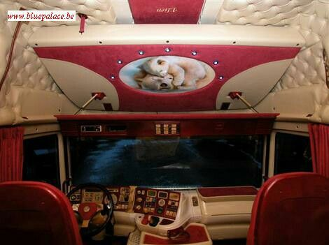 1000 images about hgv trucks on pinterest semi trucks for Interieur scania longline