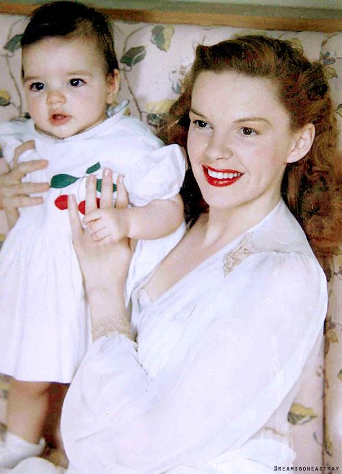 Color photograph of Judy Garland and baby Liza, 1946.