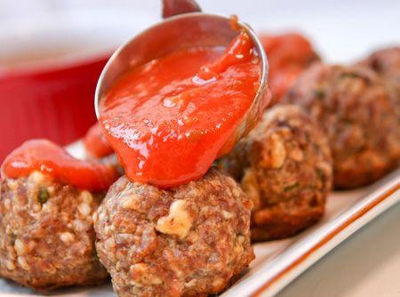 Almôndega no Microondas super fácil! #sauce #tomatoe  #almondegas #meatballs  #carne #meat #food #recipe #receita #comida #brasil #brazil #almoco #familia