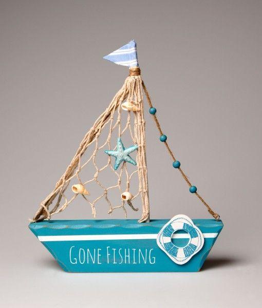 Este pequeño y monisimo barco decorativo con una base de madera y una vela de  cuerda está disponible a tan sólo 9,95€. Es el regalo perfecto para cualquier persona con una casa o un apartamento junto al mar, los amantes de los barcos o simplemente un amigo que aprecia las cosas bonitas.  http://www.barquitos.com/decoracion-de-interiores/decoracion/barco-gone-fishing