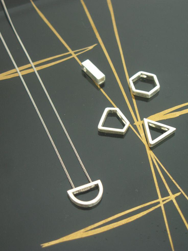 Delicate simple modern silver necklaces, geometric / Delikatne rebrne naszyjniki i zawieszki, geometryczne wzory yuvel.pl