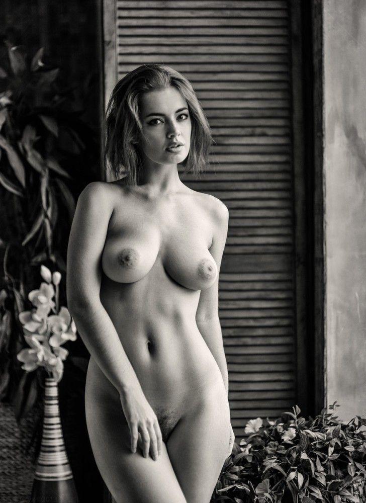 Gene Oryx, è un fotografo professionista di Khabarovsk, Russia. #erotic #glamour #sexy #photography #areashootworld
