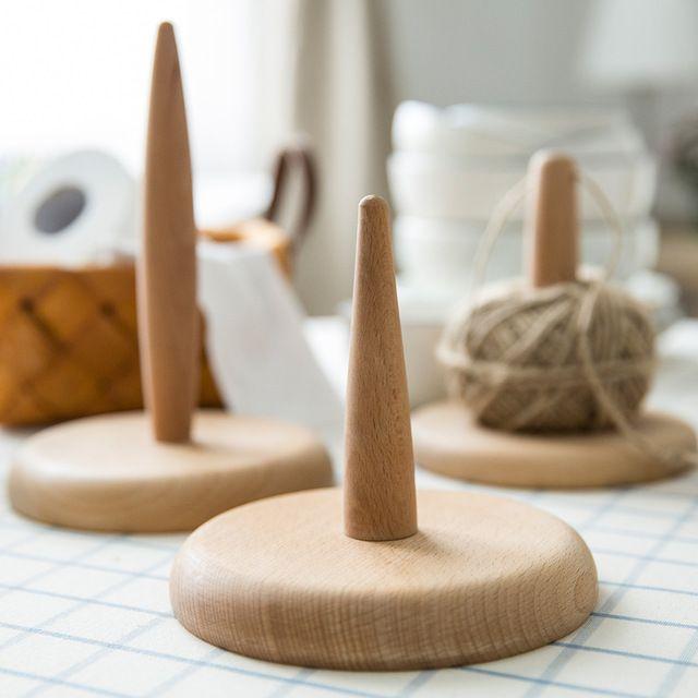 Multipurpose Gebruik Creatieve Massief Beukenhout Papier Houder Fiber Wol Garen Bal Rack Houder Papierrolhouder Handdoek Tissue Houder